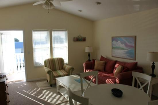 Seashells in Cedar Key Florida: Upper Living Room - Sofa Bed Queen