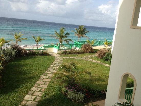Rostrevor Hotel: Lovely landscape gardens