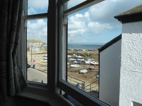 The Ship Inn: Room 7 with seaview