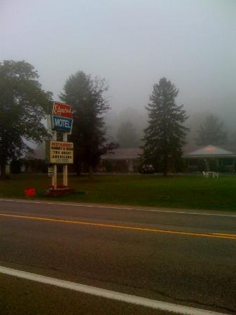 Youngstown, PA: Foggy morning