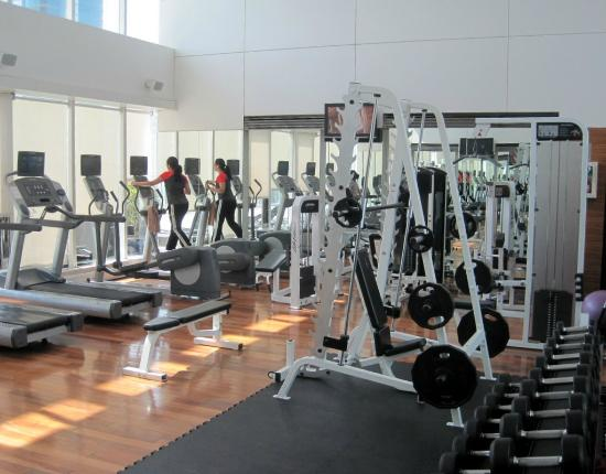 Four Points by Sheraton Sheikh Zayed Road, Dubai: Gym