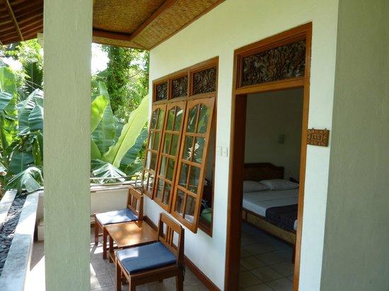 Argasoka Bungalows: De kamer kijkt uit op al het groen