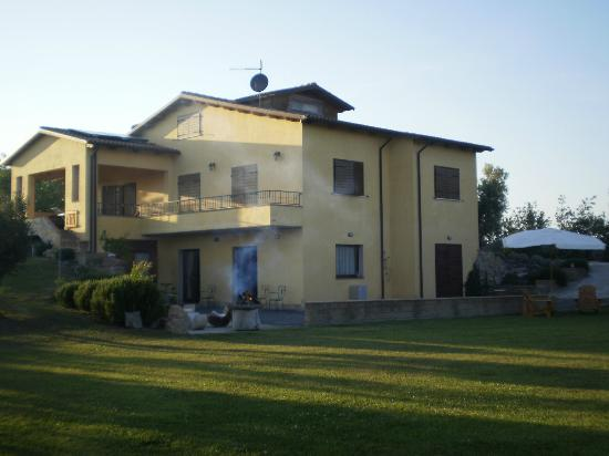 B&B Locanda degli Etruschi: Bed and Breakfast Montalto di Castro