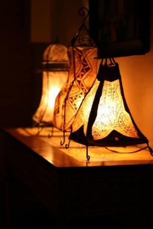 El Morocco Inn & Day Spa: Lamps on the way to sauna