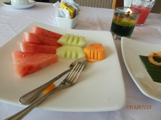 Abi Bali Resort & Villa: Breakfast fruit