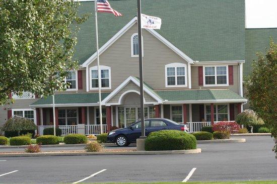 Van Buren Hotel Grounds