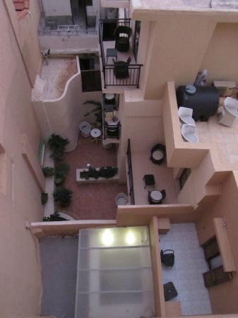 Ideon Hotel: When you look directly down from the balcony, room 415
