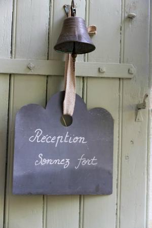 Une Autre Maison : Reception