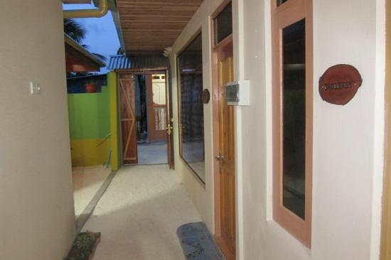 Guraidhoo Corner : Hotel insite