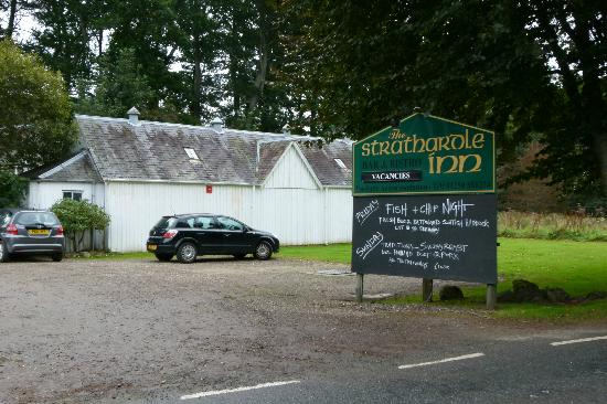 The Strathardle Inn: Streetview