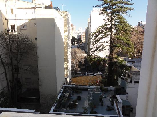 Ermitage Hotel: Nosso quarto. Ficava no sentido oposto aos apartamentos de frente para o mar.
