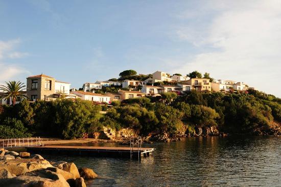 Hotel Palumbalza Porto Rotondo : Отель - отдельные бунгало