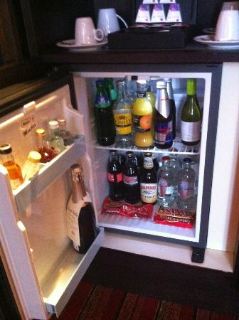 Grand Hotel Amrath Amsterdam: Free mini bar