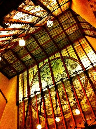 Grand Hotel Amrath Amsterdam: Amazing architecture 