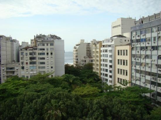 Hotel Mar Palace Copacabana: VISTA HABITACION. A 1 CUADRA DEL MAR