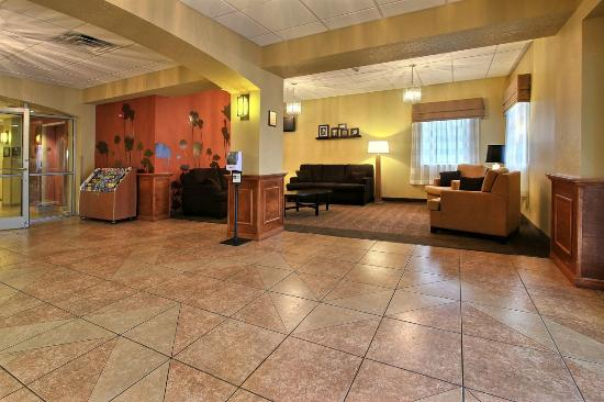 Sleep Inn & Suites Wildwood - The Villages: Our friend'y staff are available 24/7 to help you plan a perfect Florida vacation