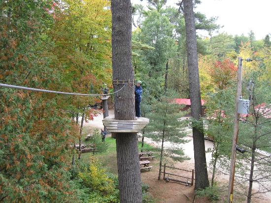 Chutes Coulonge: one of the zip lines