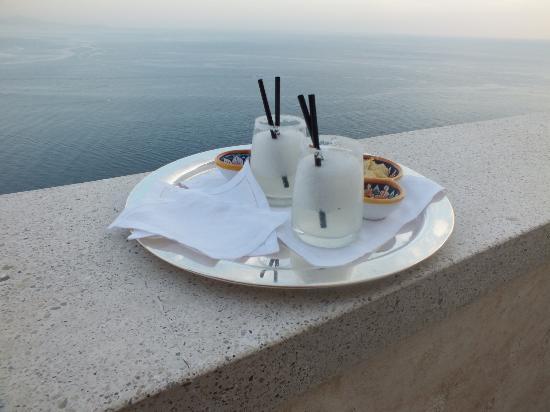 Monastero Santa Rosa Hotel & Spa: Frozen Margaritas at dusk