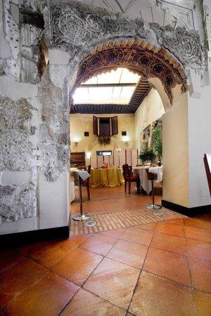 El Palacete Restaurante: Patio interior!!!
