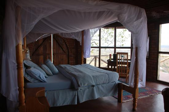 Boundary Hill Lodge: bed with mosq net