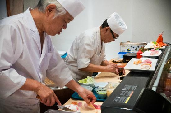 Takesushi: Sushi Chefs
