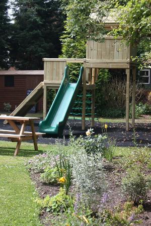 The Greyhound Inn: Kids Play Area