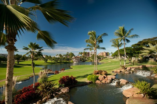 Kapolei, HI: Signature hole #18. Roy's Bridge Bar overlooking the 18th green.