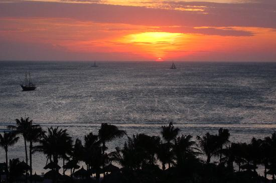 Aruba Marriott Resort & Stellaris Casino: View from Room 837 - sunset