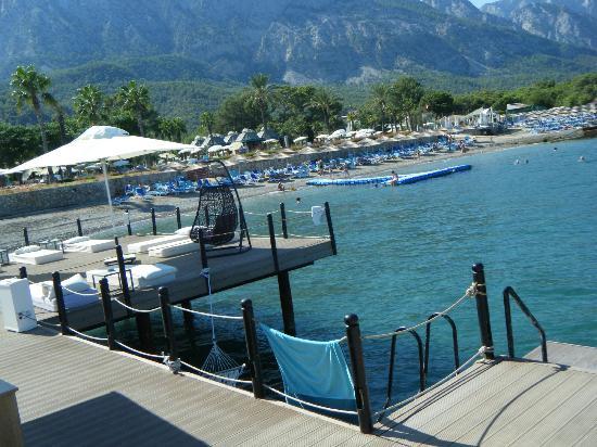 Karmir Resort Spa 93 9 8