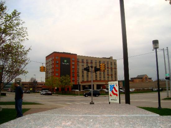Holiday Inn Grand Rapids Downtown: From the park across the street