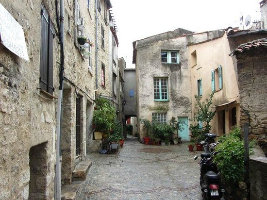Provence Travel: Fayence