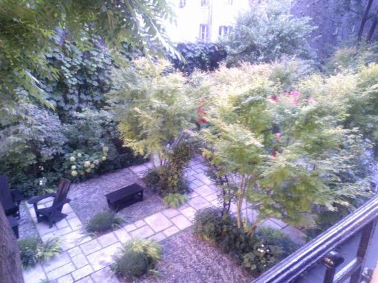 Hotel Regent's Garden: The Garden