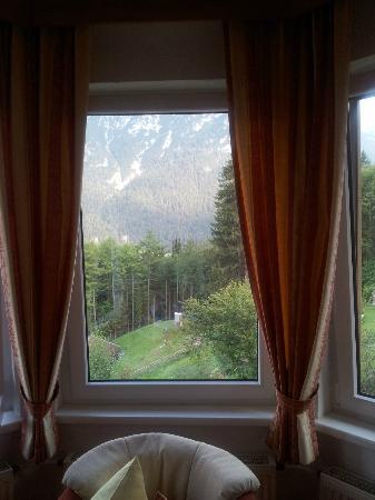 Hotel Garni Drachenburg: Zimmeraussicht Erkerzimmer