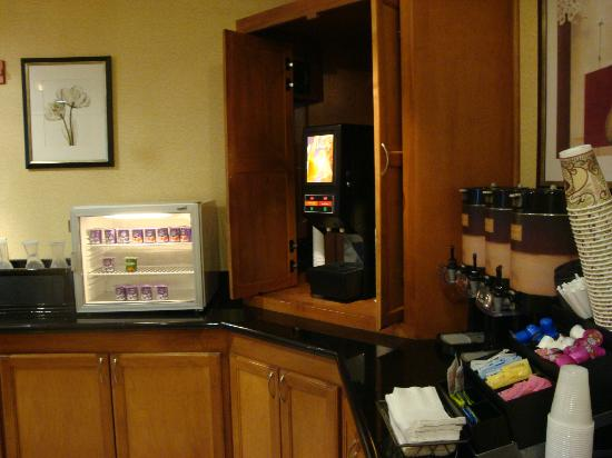 SpringHill Suites Galveston Island : Coffee and Tea Area