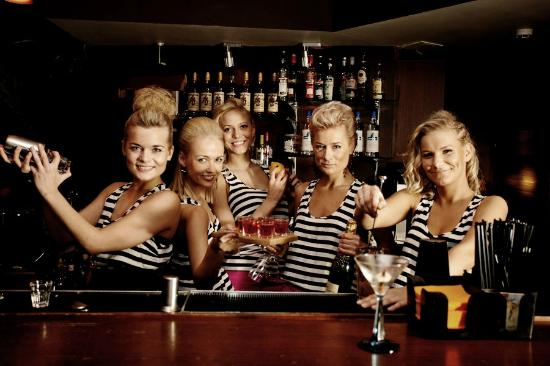 Baila Bar & Club: BailaTeam