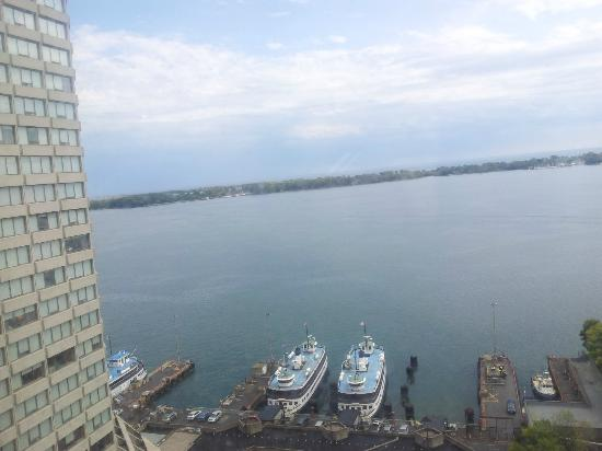 The Westin Harbour Castle, Toronto: Wonderful all over!