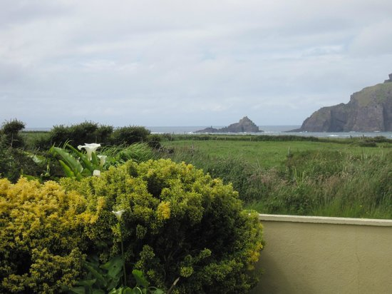 Ceann Sibeal Hotel:                   View From Aine's Front Yard