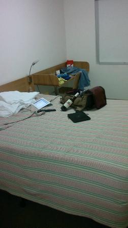 Ibis Budget Hotel Sydney Airport: bed