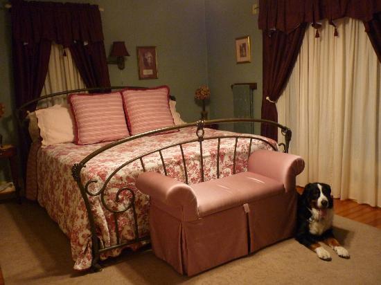 Prairie House Manor: キングサイズベッド