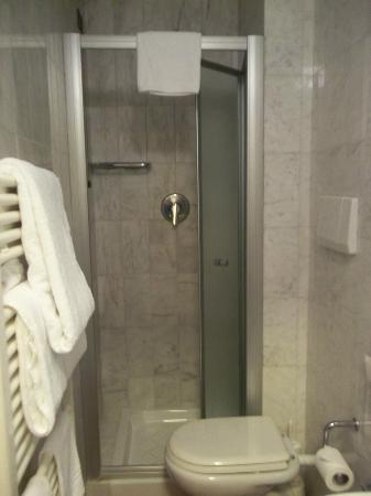 Hotel Panama: Baño