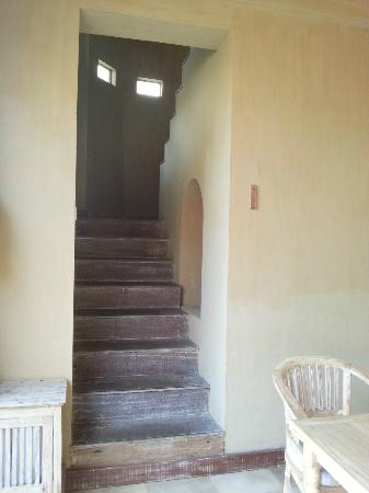 Wapa di Ume Resort and Spa: Family Villa Stairs