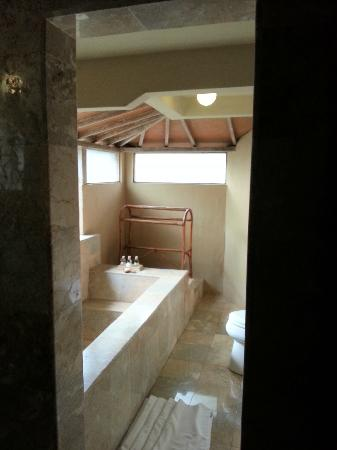 Wapa di Ume Resort and Spa : Family Villa Bathroom