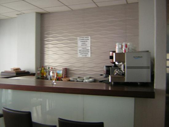 Fuencaliente, Hiszpania: Cafetería del hotel