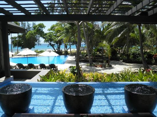 Yasawa Island Resort and Spa: From the lobby near the open dining area.