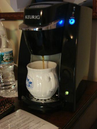 برويستر هاوس بيد آند بريكفاست: Personal room coffee maker 