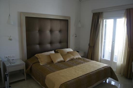 Damianos Hotel: Hotel Room 