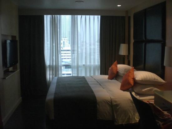 Sukhumvit 12 Bangkok Hotel & Suites: 1206 Bed