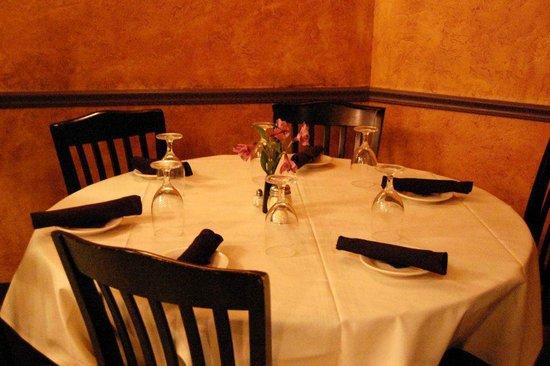 Tozzi's Restaurant Downtown Canton