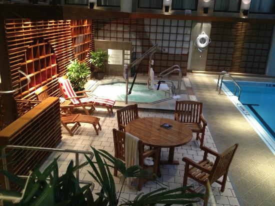 The Langham, Boston: Relaxing Hot Tub