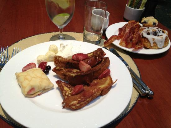The Langham, Boston: Breakfast at Café Fleuri (from the buffet)